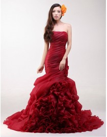 Stunning red strapless fit and flare mermaid rosettes skirt sweeping train organza real sample wedding dress handmade flowers embellishment 2014 TB-302
