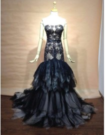 Sweetheart black lace appliques and ivory white tulle mermaid fit and flare layered skirt court train prom dresses  LW-29