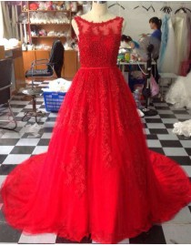 Gorgeous illusion bateau neckline lace appliques pearls beaded accent backless red court train prom dresses LW-95