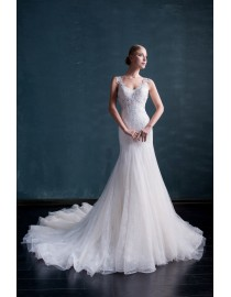 Gorgeous v-neck lace appliques key hole at back sheath court train wedding dresses  MS-592