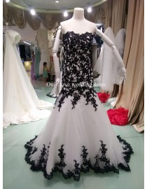 Strapless sweethart black and  ivory white lace tulle court train mermaid wedding dresses bw-012